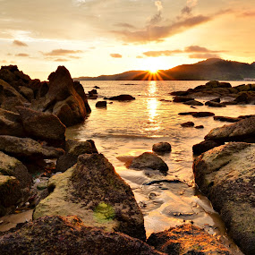Seascape Sunset by Kyen Ang - Landscapes Weather