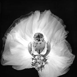 the bride by Niclas Ådemark - Wedding Bride ( bride, wedding photography, marriage, wedding, black and white )