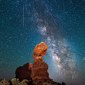 milkyway Behide the Balancerock by Sushmita Sadhukhan - Landscapes Starscapes ( balance rock, arches national park, darksky, utah, stars, arches, shooting star, darkness, sand stone, clear sky, nightscape, milky way,  )