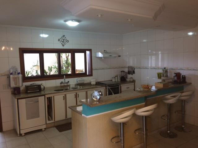 Sobrado residencial à venda, Parque Residencial Aquarius, São José dos Campos - SO1630.