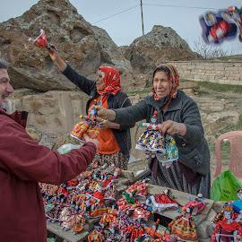 Baby dall vendors of Capadocia by Murat Besbudak - People Professional People