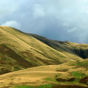 Scottish beauty by Suzanna Nagy - Landscapes Mountains & Hills