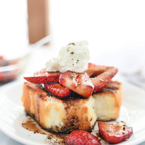 Strawberry Shortcakes With Balsamic Vinegar