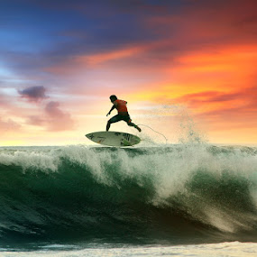 Walking Wave by Alit  Apriyana - Sports & Fitness Surfing
