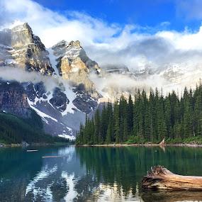 Moraine Lake Banff National Park by Jack Nevitt - Landscapes Mountains & Hills ( motaine lake, national park, banff )