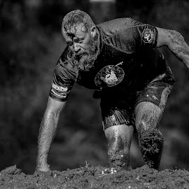 by Francois Loubser - Black & White Sports