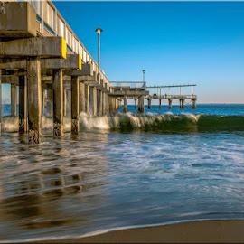 by Arthur Stingo - Landscapes Beaches