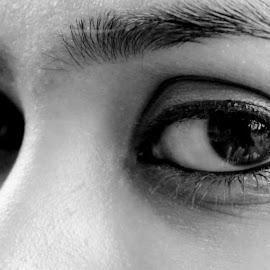 Eyesss by Sreegovind Gopi - People Body Parts ( face, black and white, eyelashes, bnw, people, eye, eyes,  )