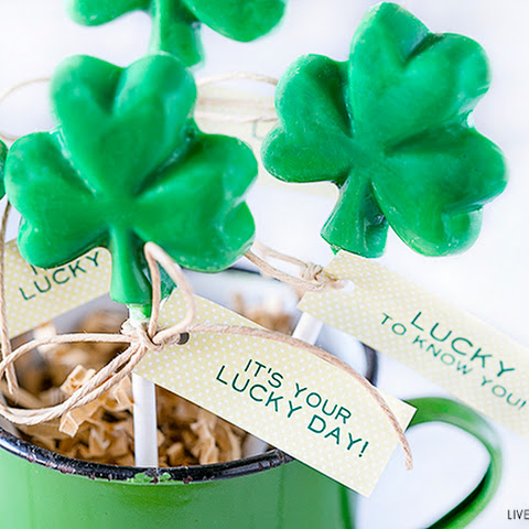 Chocolate Shamrock Lollipops and Printable Tags