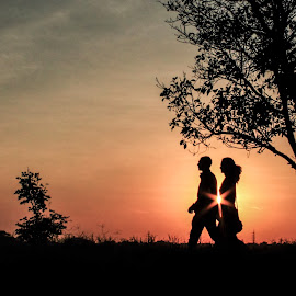 Spark of the Couple  by Prasanna Bhat - People Couples ( travel_city, spark_of_the_couple, sunset, sunset_couple, nightscape )
