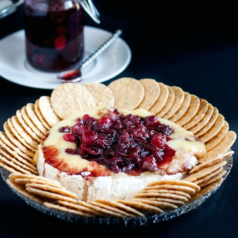 Baked Brie with Fresh Cranberries