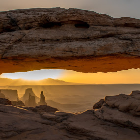 Mesa Arch Washer Woman by Jeremy Jordan - Landscapes Sunsets & Sunrises ( national park, arch, utah, washer woman, sunrise, mesa arch, nikon, landscape, hike, canyonlands national park )