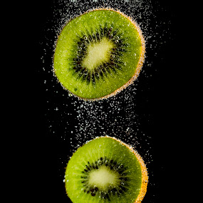 Sliced Kiwi by Jerome Obille - Food & Drink Fruits & Vegetables ( water, bubble, kiwi, drop, fruits, world_is_green )