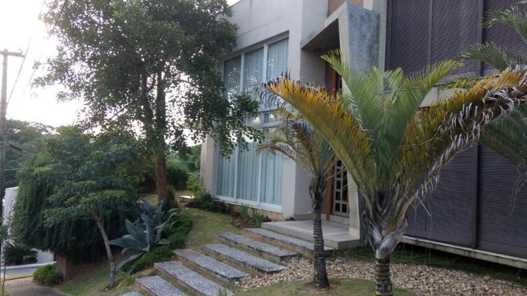 Condomínio Portal do Lago, Valinhos - Casa Terreno 772m² Área Construída 563m²  05 Suítes 07 Vagas para Venda / PERMUTA.
