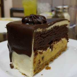 Decadent  by Sarah Ralston - Instagram & Mobile Android ( chocolate, contest, delicious, treat, dessert )