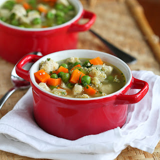 Light Chicken, Quinoa & Vegetable Soup