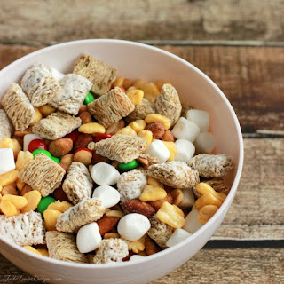 Easy Snack Ideas + Kids trail mix recipe to combat the Fast Food Urge