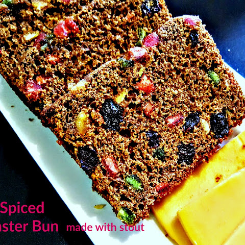 The most Amazing Jamaican Easter Bun