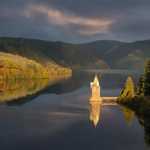 Lake Vyrnwy morning light _MGL7537-1 2048.jpg