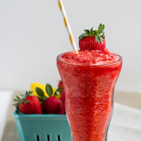 Blended Strawberry Lemonade {Frozen}