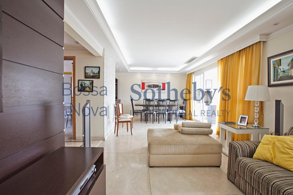 Amplo apartamento localização privilegiada, Perdizes, São Paulo.