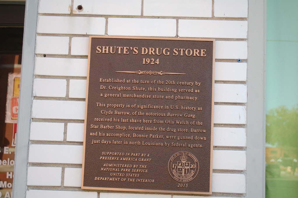 Established at the turn of the 20th century by Dr. Creighton Shute, this building served as a general merchandise store and pharmacy. This property is of significance in U.S. history as Clyde Barrow, ...