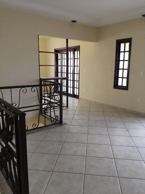 Belíssimo Sobrado com 3 dormitórios à venda ou permuta, 204 m² por R$ 795.000 - Jardim América - Bragança Paulista/SP