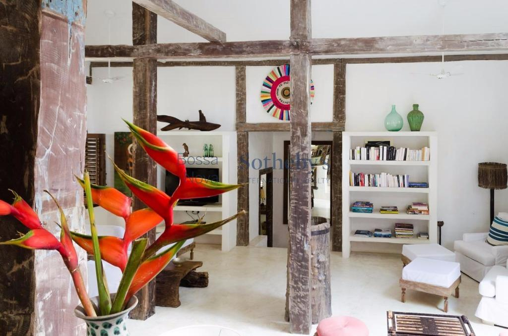 Todo charme do Sul da Bahia projeto de Arquiteto local