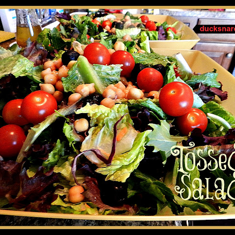 Italian Tossed Salad With Field Greens