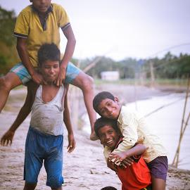 JOY OF HAPPINESS by LAKHYAJIT BORAH - Babies & Children Children Candids ( joy, street, candid, happiness, kids )