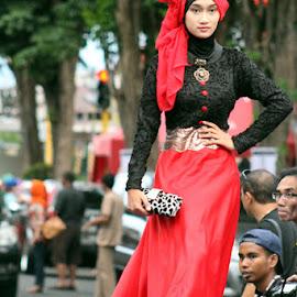 by MasHeru Sucahyono - People Fashion