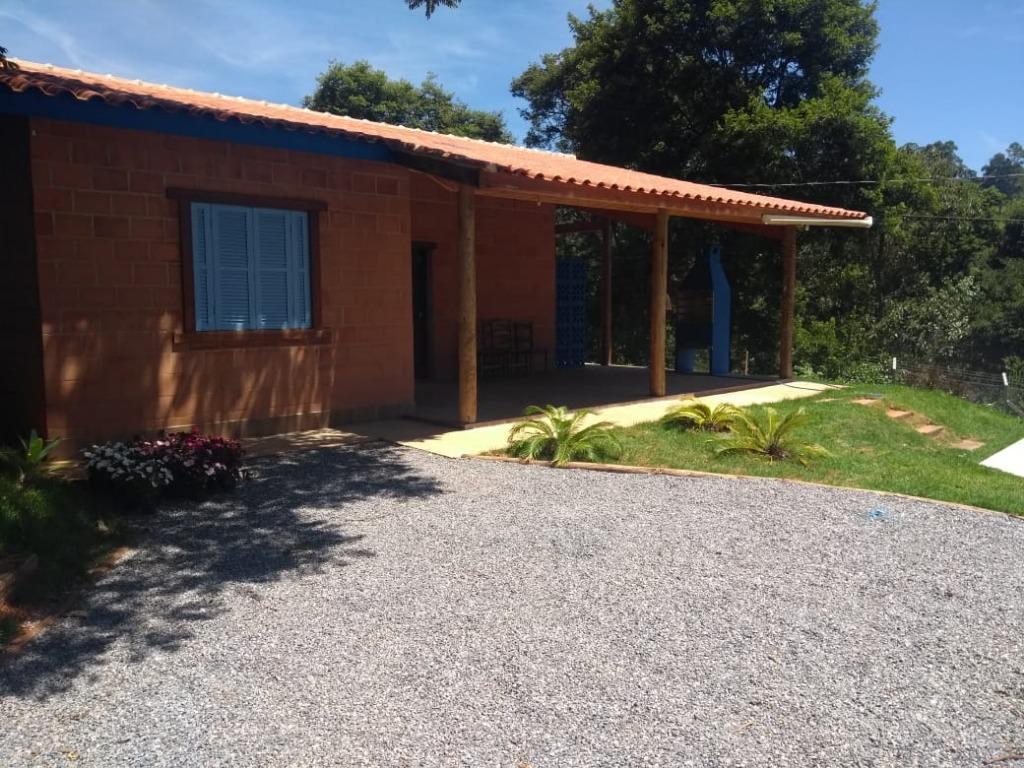 Chácara com 2 dormitórios para alugar, 600 m² por R$ 2.200/mês - Boa Vista dos Silva - Bragança Paulista/SP