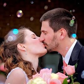 John and Katelin by Tony Bendele - Wedding Bride & Groom ( love, kiss, wife, wedding, bubbles, husband, bride, groom, portrait )
