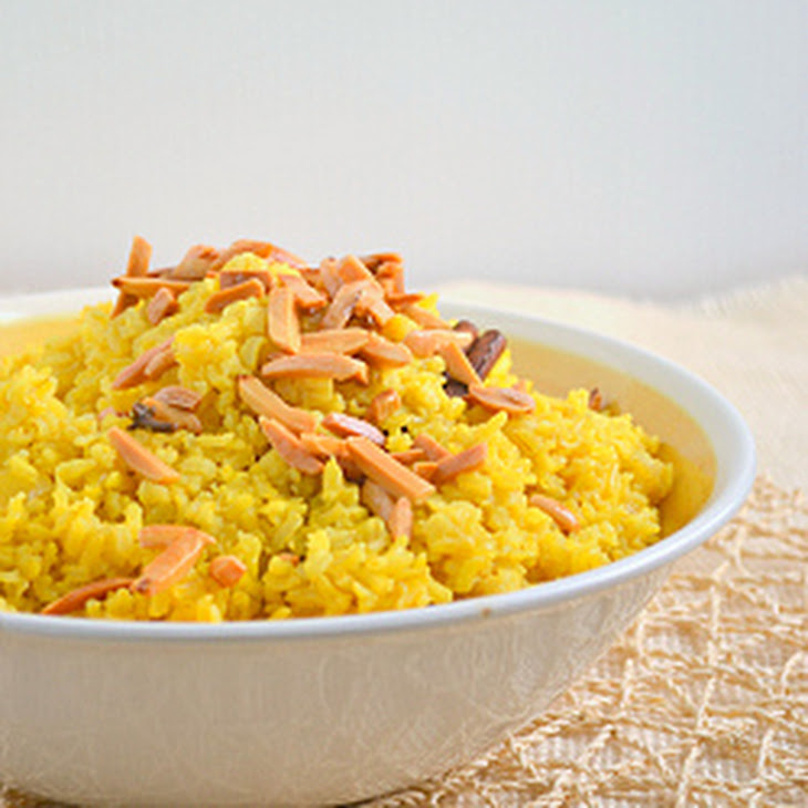 Saffron Fried Rice With Dried Apricots And Almonds Recipe — Dishmaps