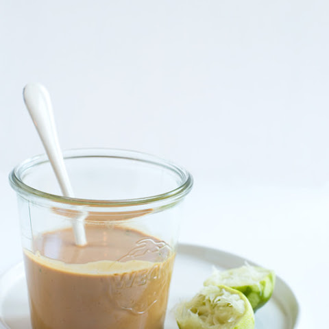 Easy Spicy Peanut Sauce