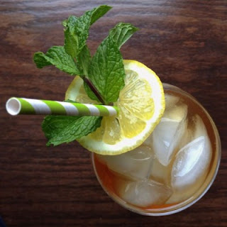 Sparkling Sweet Tea with Lemon and Mint
