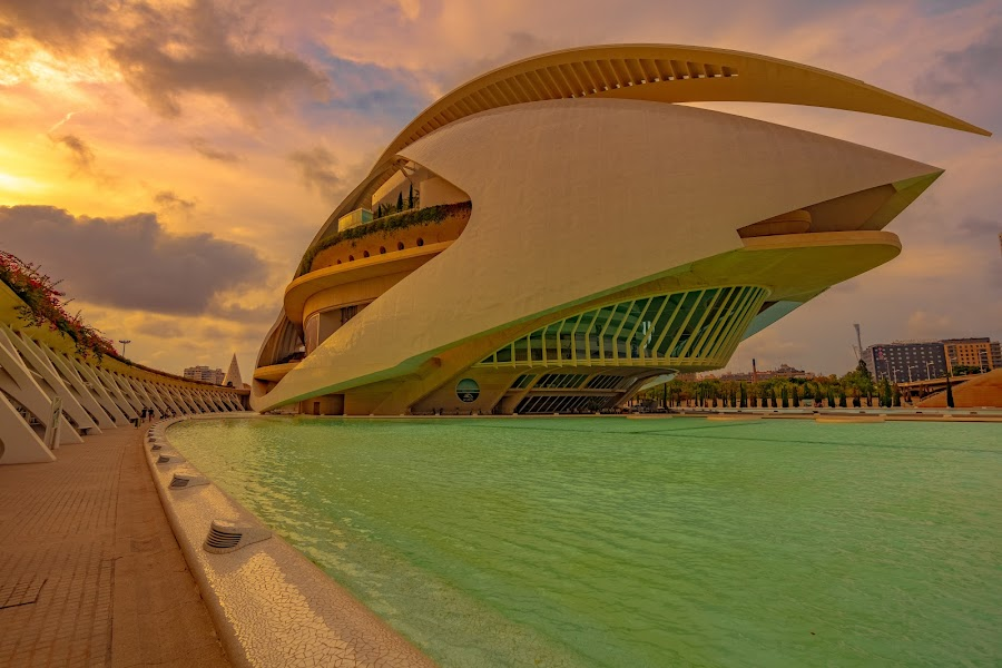 by Roberto Gonzalo - Buildings & Architecture Architectural Detail