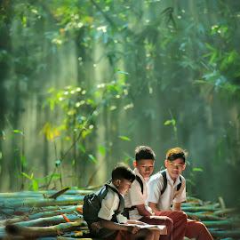 Student by Fabian Keanu - Babies & Children Children Candids