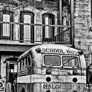 Old_School_Bus_Jerome_bw.jpg