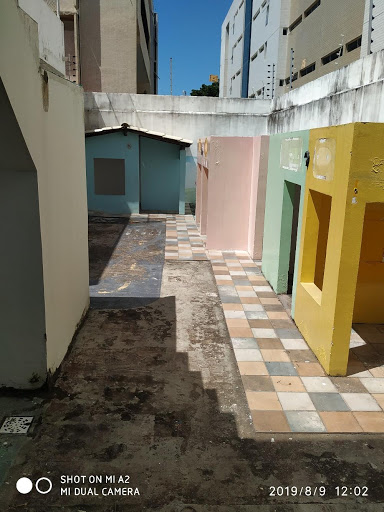Casa com 10 dormitórios para alugar, 300 m² por R$ 7.000,00/ano - Jardim Oceania - João Pessoa/PB