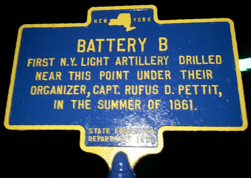 BATTERY BFIRST N.Y. LIGHT ARTILLERY DRILLEDNEAR THIS POINT UNDER THEIRORGANIZER, CAPT. RUFUS D. PETTIT,IN THE SUMMER OF 1861.STATE EDUCATIONDEPARTMENT 1939