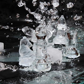 War Zone. by Peter Salmon - Artistic Objects Glass ( pieces, glass, chess, zone, war )