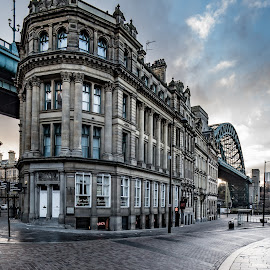 Tyne Bridge by Adam Lang - Buildings & Architecture Architectural Detail ( quayside, tyne bridge, newcastle, the side, early morning )