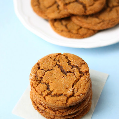 Ginger Molasses Cookies (better than Starbucks!)