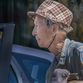 In Chinatown by Jerry Kambeitz - People Street & Candids ( hand, canada, chinatown, bc, chinese )