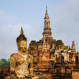 Sukhothai Ruin by Charliemagne Unggay - Buildings & Architecture Public & Historical