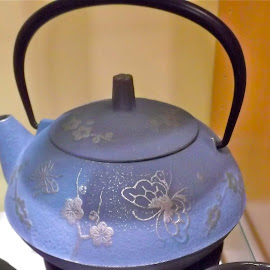 Blue cast iron tea pot by Donna Probasco - Novices Only Objects & Still Life (  )