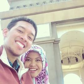 gal-fonda at SLG by Galih Yuda Hariyanto - People Couples