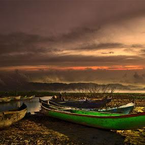 Green Boat by El Baim as TOMMY AR - Landscapes Mountains & Hills ( indonesia, place, landscape, pentadio resort, telaga, limboto lake, gorontalo,  )