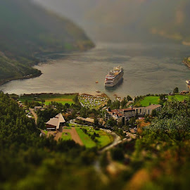 Geiranger by Jan Helge - Landscapes Waterscapes ( ship, geiranger, cruise, fjord, norway )